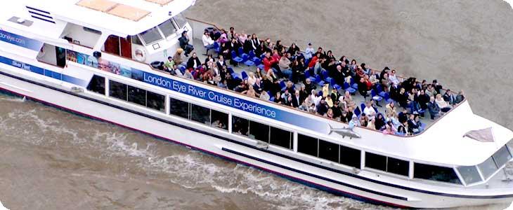 ล่องเรือในแม่น้ำเทมส์